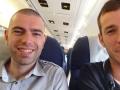 J-1 : Dans l\'avion pour Saint-Pétersbourg.